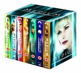 Medium Complete Seasons 1 - 7 (Import DVD)