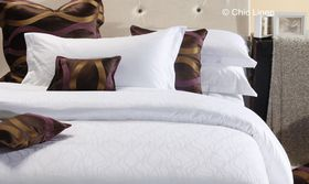 Chic Linen - Luxurious Egyptian Cotton Classic White Duvet Cover Set - Dawn - (Size: Three Quarter)