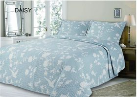 Simon Baker - Quilted & Printed Daisy Comforter Set