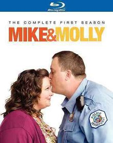 Mike & Molly:Complete First Season - (Region A Import Blu-ray Disc)